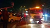 İzmir'de Zincirleme Kaza Açıklaması 2'Si Ağır 3 Yaralı