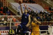KAĞıTSPOR - Kağıtspor, Basketbolda Liderliği Bırakmıyor