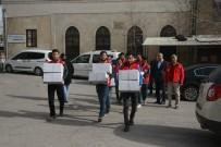 Kilis'te Elazığ İle Malatya'ya Yardım Kampanyası