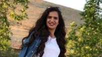 Trafik Kazasında Genç Kız Hayatını Kaybetti