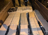 EMNİYET AMİRLİĞİ - Traktör Römorkundan 9 Bin 450 Paket Kaçak Sigara Çıktı