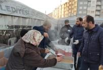 Yüreğir Belediyesinden Depremzedelere Sıcak Çorba