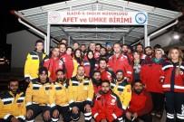 HASARLI BİNA - Sünnetçioğlu Açıklaması 'Enkazdan Ekibimiz 5 Kişiyi Kurtardı'