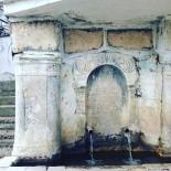 BIZANS - Üç Dönemin İzlerini Üzerinde Taşıyan Tarihi Çeşme İlgi Görüyor
