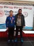 Zonguldaklı Güreşçi Şampiyona Bileti Aldı