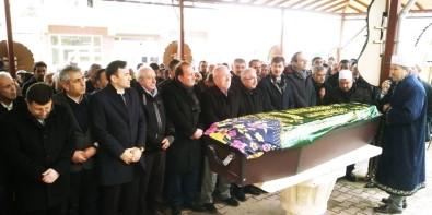 Doç. Dr. Murat Mercan'ın Annesi Uşak'ta Toprağa Verildi