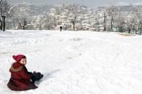 HAVA SICAKLIĞI - Doğu'da 2 İlde Kar Yağışı Bekleniyor