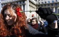 KADIN CİNAYETLERİ - Güvenli Bilinen Avrupa, Kadın Cinayetleri İle Gündemde