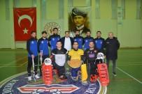 MEHMET KAPLAN - Hokey Süper Ligi'nde Gaziantep Polisgücü Rüzgarı