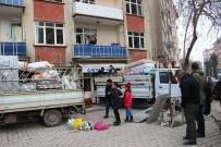(ÖZEL) Elazığ'da 88 Yapı İçin Acil Yıkım Kararı, Depremden Kaçış