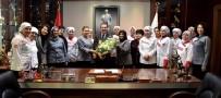 Ayten Usta'nın Kadın Çalışanlarından Başkan Ataç'a Teşekkür