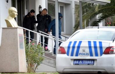 Ghosn'un Kaçmasına Yardım Ettiği İddia Edilen 5 Kişi Tutuklandı