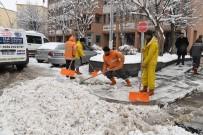 Muş Belediyesinden Karla Mücadele Çalışması