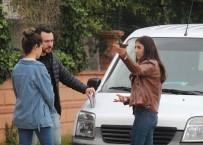 LİSE ÖĞRENCİSİ - Antalya'da Lise Öğrencisine Kapkaç Şoku