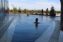 TURİZM SEZONU - Eksi 10 Derecede Termal Havuz Keyfi