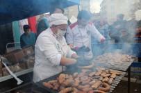 Festival İptal Edildi, 1 Ton Sucuk Elazığ'da Depremzedelere İkram Edildi