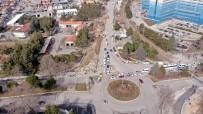 YOL ÇALIŞMASI - Isparta Karayolları Kavşağı'na Belediye Neşteri