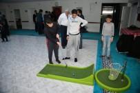 BİLEK GÜREŞİ - Kur'an Kursunda Öğrenciler İçin Kriket Ve Golf Etkinlikleri