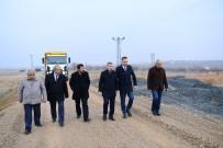 NITELIK - Başkan Çınar, Yol Çalışmalarını İnceledi