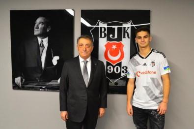 Beşiktaş, Hasic İle 4.5 Yıllık Sözleşme İmzaladı