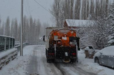 Bünyan Belediyesi Karla Mücadele Kapsamında Tüm Ekipleriyle Sahada