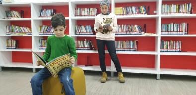 Çoban Mustafa Paşa Kütüphanesi Dolup Taşıyor