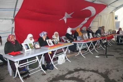 HDP Önündeki Ailelerin Evlat Nöbeti 151'İnci Gününde