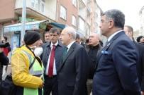 Kılıçdaroğlu, 14 Kişinin Hayatını Kaybettiği Enkaz Alanında İnceleme Yaptı