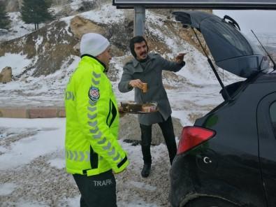 Malatya-Sivas Karayolu Kar Nedeniyle Ulaşıma Kapandı