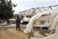 ŞİDDETLİ FIRTINA - Şiddetli Fırtına Seralarda 3 Milyon 555 Bin Lira Hasara Yol Açtı