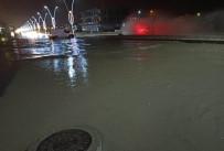 Silopi'de Caddeler Göle Döndü