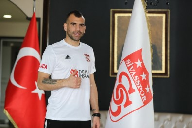 Skuletic Resmen Sivasspor'da