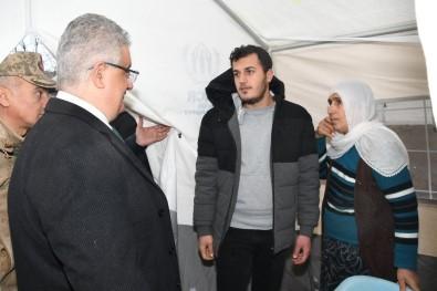 Vali Aykut Pekmez Depremzedeleri Yalnız Bırakmadı