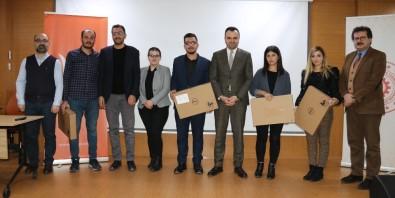 Van'da 'Üniversiteliler Gözüyle Kalkınma Temalı Proje Yarışması Ödül Töreni