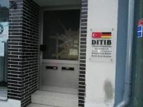 SABAH NAMAZı - Almanya'da Camiye Saldırı