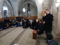 İSLAM - Gençler Camide Buluşuyor