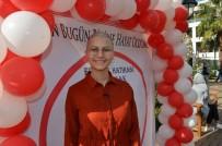 KÖK HÜCRE NAKLİ - 'Hayat Olabilirsin' Festivali'nde Lenfoma Hastası Azra'dan Örnek Çağrı