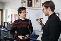 İŞİTME ENGELLİLER - Liseli Gençler Sesi Yazıya Çeviren Gözlük Yaptı