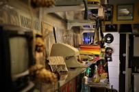 (Özel) Nostalji Yaşamak İsteyenlerin Adresi Açıklaması 'Analog Plak' Kafe Oldu
