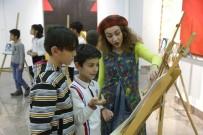 Çocuklar Picasso Ve Van Gogh'la Tanıştı