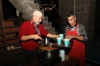 SABAH NAMAZı - Sabah Namazında Cami Cemaatine Çorba İkram Edildi