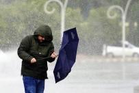 Antalya'da Futbola Fırtına Arası