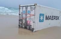 PANAMA - Bozcaada Açıklarında Denize Düşen Konteynerlerden Biri Kıyıya Vurdu