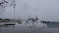 KUZEY EGE - Çanakkale'de Ada Seferlerine Fırtına Engeli