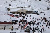 FACEBOOK - Denizli Kayak Merkezi En Yoğun Hafta Sonlarından Birini Yaşadı