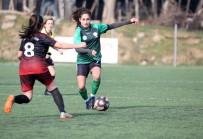 Horozkent Kadın Futbol Takımı, Nazilli Engelini 3 Golle Geçti