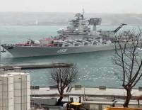 İstanbul Boğazı'nda Bir Faciadan Daha Dönüldü Açıklaması Rus Savaş Gemisi Kıyıya Sürüklendi