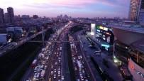 ARAÇ SAYISI - İstanbul'un Araç Sayısı 21 İlin Nüfusu Kadar