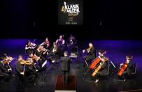 Yeni Yılın İlk Konseri Ataşehir Belediyesi Gençlik Senfoni Orkestrası'ndan