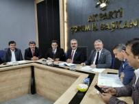 Ahlatcı, Belediye Meclis Üyeleri Ve Parti Yönetimiyle Bir Araya Geldi